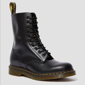 Dr Marten's 1490 Smooth Leather Mid Calf Boots